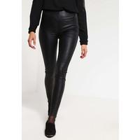 Selected Femme SFSYLVIA Spodnie skórzane black SE521A07U