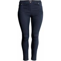 H&M H&M+ Elastyczne spodnie 0352811006 Ciemnoniebieski