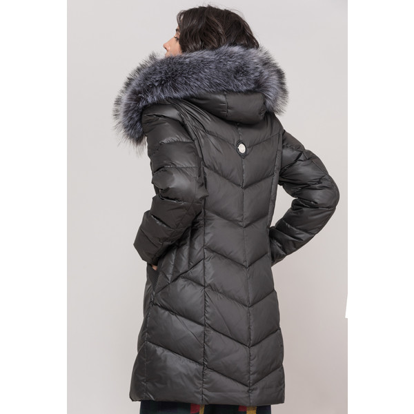 monnari puchowy pikowany płaszcz z futrem naturalnych