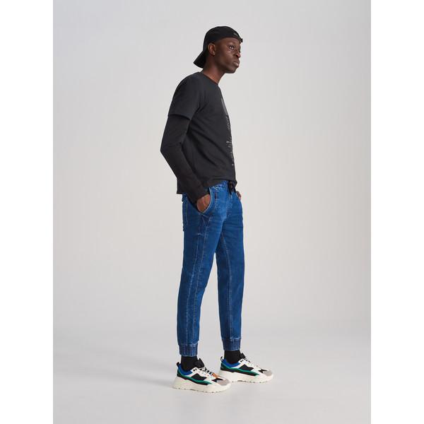 Reserved Jeansowe spodnie jogger XJ158-59J