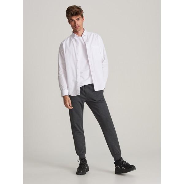 Reserved Spodnie dresowe XQ036-90M