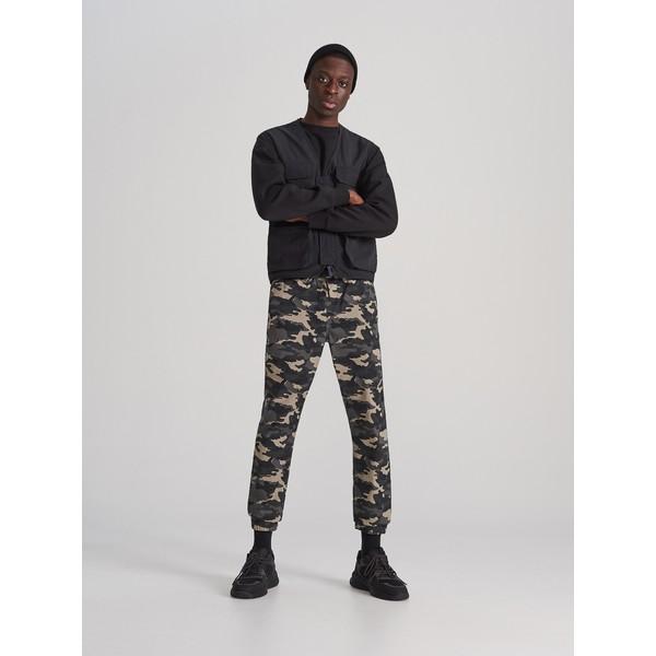 Reserved Spodnie jogger XL633-87P