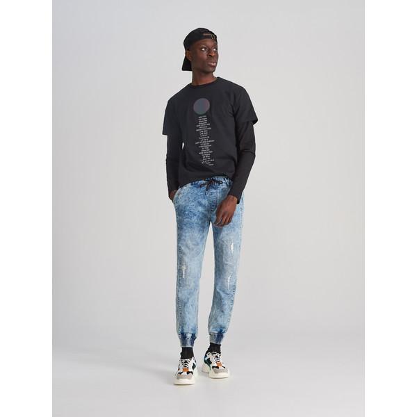 Reserved Jeansowe spodnie jogger XJ158-57J