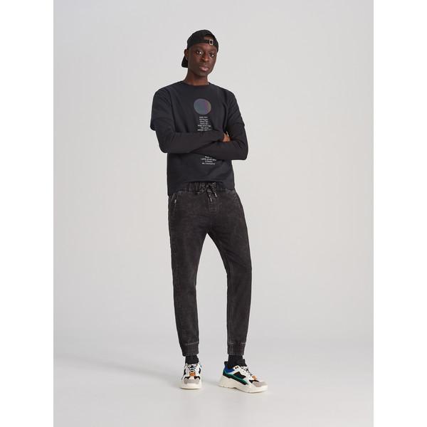 Reserved Jeansowe spodnie jogger XJ158-99J