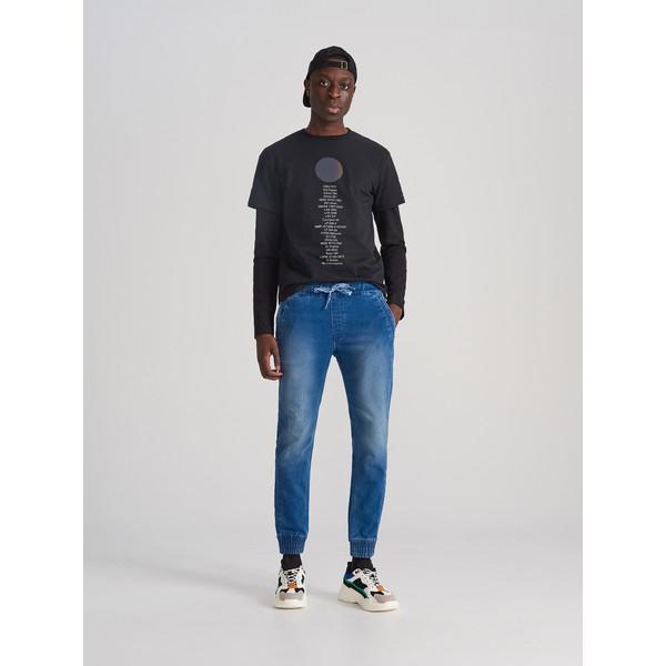 Reserved Jeansowe spodnie jogger XJ158-55J