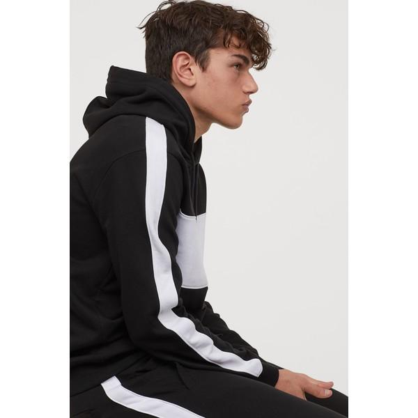 H&M Bluza z kapturem 0734461001 Czarny/Biały