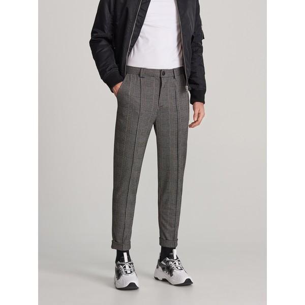 Reserved Spodnie w kratę XL040-90M