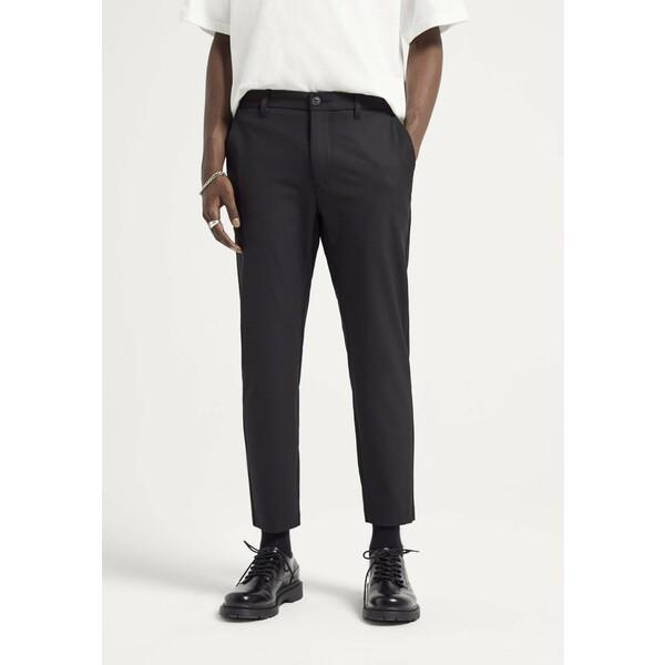 PULL&BEAR Spodnie materiałowe black PUC22E082