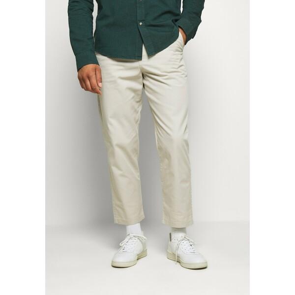 Farah HAWTIN Spodnie materiałowe white smoke FA522E00Y