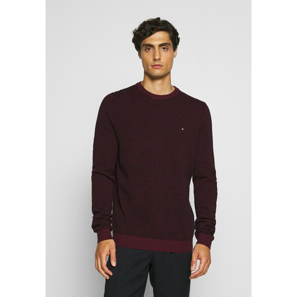 Tommy Hilfiger MOULINE STRUCTURE CREW NECK Sweter red TO122Q08Z