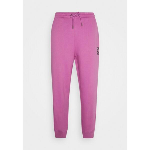 Karl Kani PANTS UNISEX Spodnie treningowe light purple KK1210005