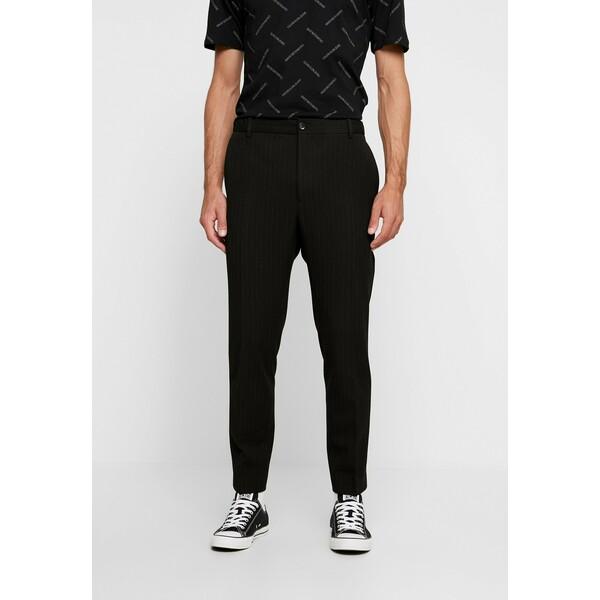 Calvin Klein Tailored PINSTRIPE TROUSER CASUAL Spodnie materiałowe black CAR22E009