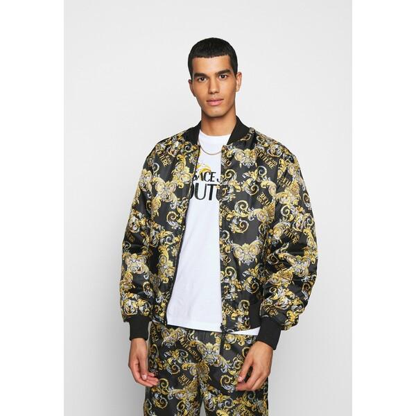 Versace Jeans Couture RISTOP PRINTED LOGO BAROQUE Kurtka Bomber nero VEI22T00U