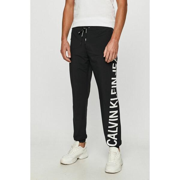 Calvin Klein Jeans Spodnie 4900-SPM026