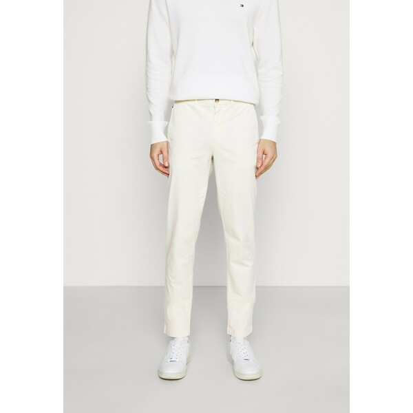 Tommy Hilfiger BLEECKER FLEX Spodnie materiałowe ivory TO122E050