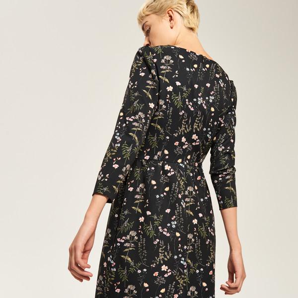 Reserved Czarna sukienka w kwiaty RK730 MLC MojeSukienki.pl