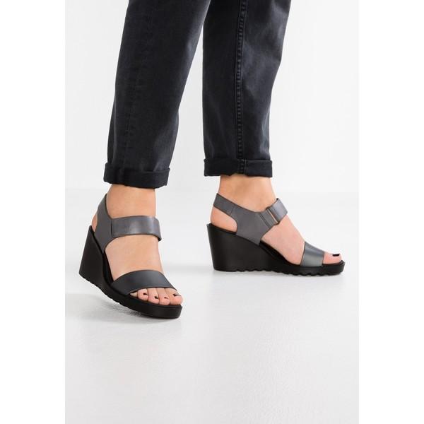freja wedge sandały na koturnie