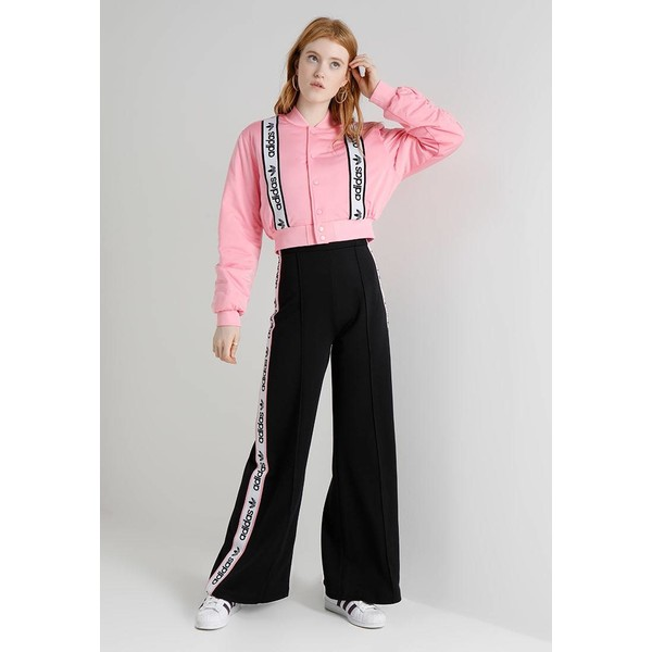 adidas Originals ASSET STREET CROPPED Kurtka Bomber light